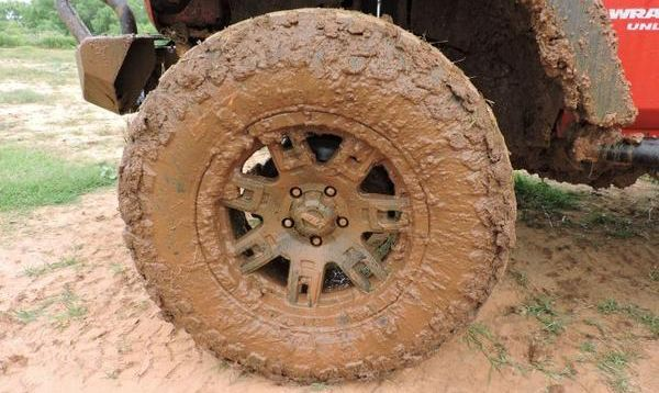 muddy-tires