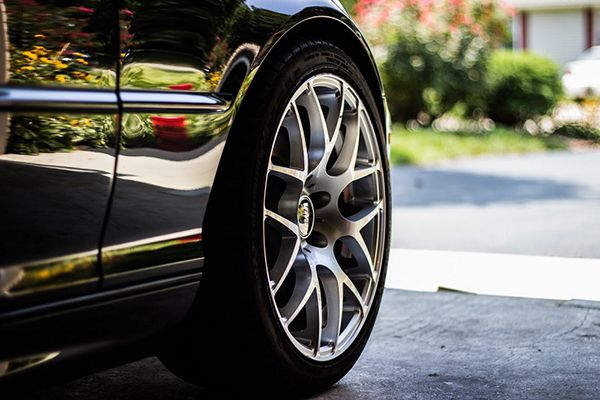 sparkling-clean-wheels