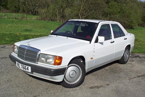 Mercedes-Benz-190E