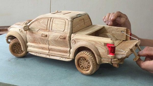 image-of-ford-ranger-raptor-carved-out-of-wood