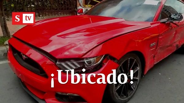 image-of-ford-mustang-hits-motorcyclist-in-bogota
