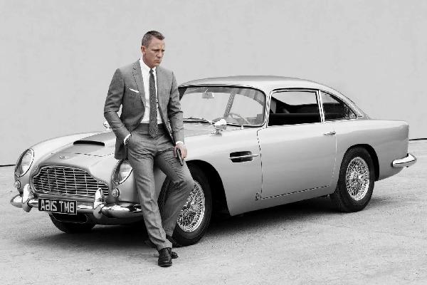 1965-james-bond-aston-martin-db5