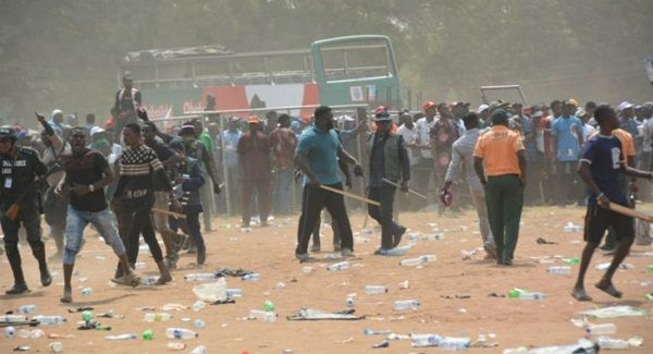 image-of-3-feared-dead-as-hoodlums-clashed-in-lagos