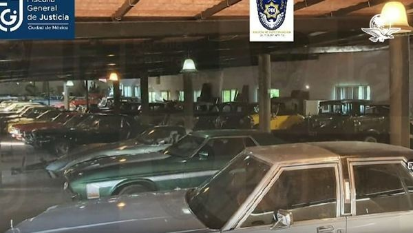 image-of-seized-41-cars-of-mexico-city-police-chief