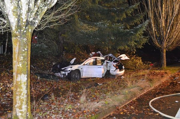 image-of-esla-model-3-totaled-in-a-high-speed-crash-in-corvallis