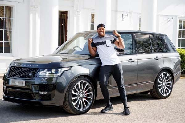 image-of-25-richest-sportsmen-and-their-cars