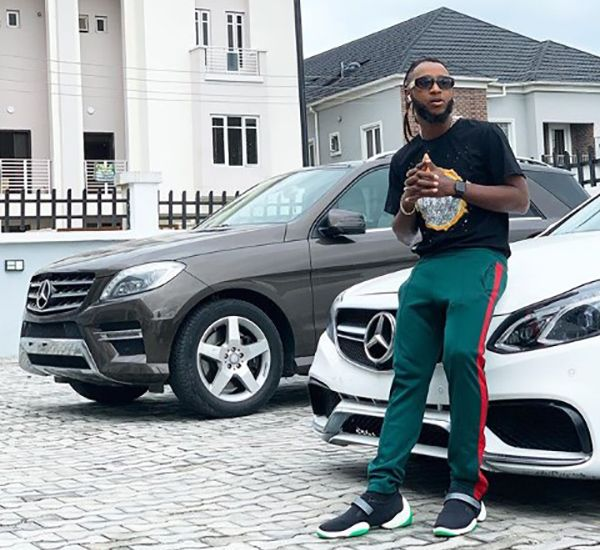 yung6ix-posing-with-his-mercedes-Benz-Cars