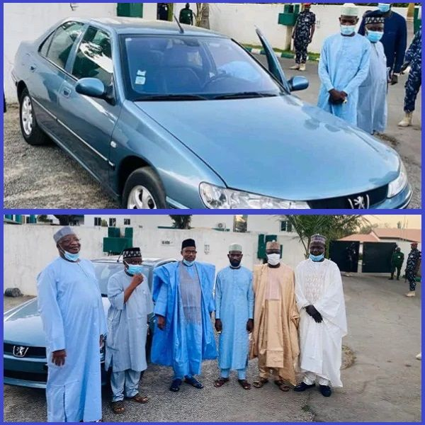Collage-photos-showing-moment-Bauchi-state-governor-gave-car-to-man-who-trekked-for-him