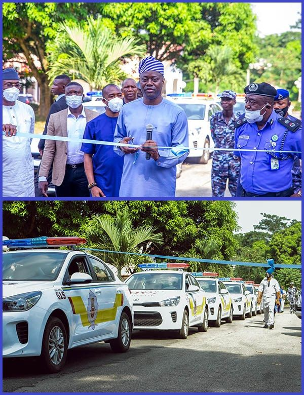 Governor-Seyi-Makinde-presenting-operational-vehicles-to-security-agencies