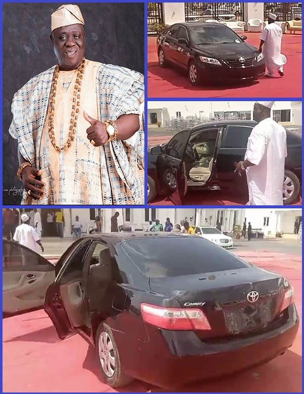 Popular-Yoruba-eulogy-singer-Ajobiewe-and-his-new-Toyota-Camry-car-gift
