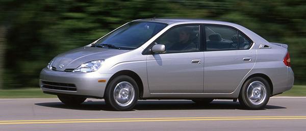 2002-toyota-prius-exterior