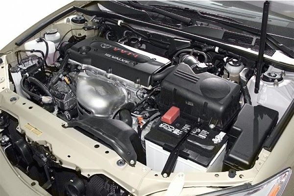 engine-of-the-Toyota-Camry-2004