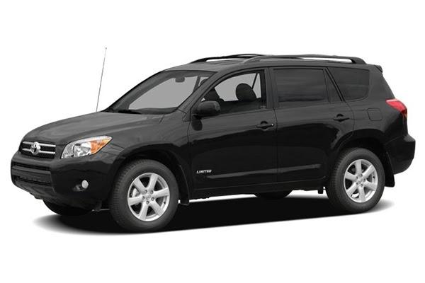 angular-front-of-Toyota-Rav4-2008