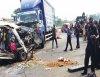 Overspeeding on Lagos-Ibadan, Toyota HiAce crashes itself, leaves 5 dead