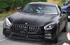 Romelu Lukaku returns to MU along with his brand-new Mercedes AMG GT