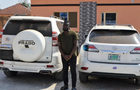 3 cars recovered as kingpin and 26 other yahoo-boys arrested by EFCC in Ibadan
