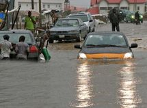 5 smart tricks to stop car damages from flood and rain