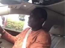 [Photo] King Wasiu Ayinde buys himself a Bentley Flying Spur