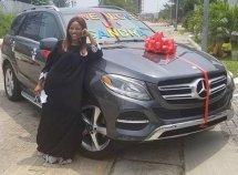Linda Ikeji generously gifts her sister a Mercedes Benz GLE