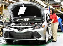 2018 Toyota Camry recalled for oversized pistons