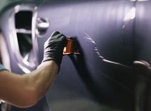 Step-by-step instructions of car scratch removal