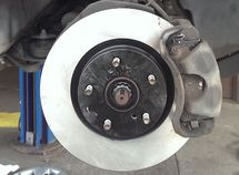 A complete guide on how to keep your brake system at tip-top condition