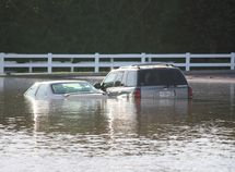 5 things to do immediately after your car getting flooded