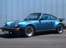 This is the 1979 Porsche 911 that drove Bill Gates to the custody suite