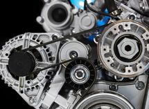 What makes the timing belt to break?