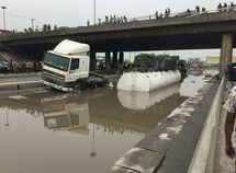 Mile 2/ Apapa Expressway: An agony to Lagos commuters and national disgrace to Nigeria