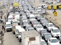 See how Lagos-Ibadan road construction is causing headaches for Nigerians!