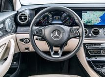 [Leaked photos] Interior of Mercedes Benz GLB ahead of its debut at Shanghai Motor show