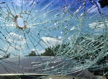 Effective ways to keep your windscreen safe