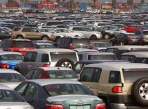 Exchange rate induced increase in vehicle clearing cost, plunge car dealers into confusion