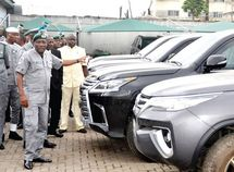 What are the sources of N1.1b May revenue by Nigeria Customs Services in Ogun state?