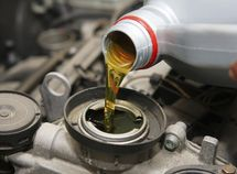Does engine oil expire? See the answer here!