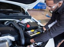 Different types of chemicals in your car battery and their functions