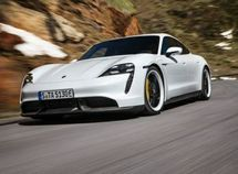 Porsche hi-tech all-electric 2020 Taycan Supercar finally unveiled