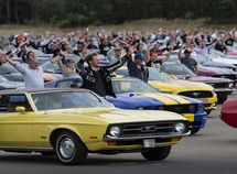 Ford sets world record for gathering 1,326 Mustang cars in a parade