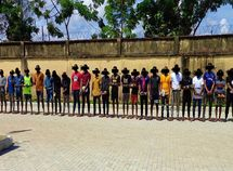 EFCC arrests 27 suspected Yahoo boys in Owerri, recovers 5 Lexus and 1 Toyota