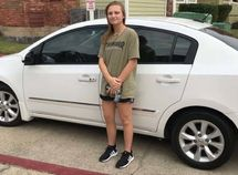 Kindhearted couple gifts new car to Texas waitress who walks 5 hours to work
