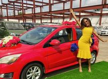 Khafi BBN finally receives her car prize from Innoson Motor Challenge