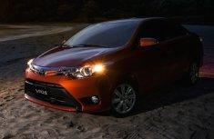 Review Toyota Vios E CVT