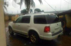 Ford Explorer 2005 White