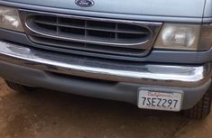 A Clean Ford E350 Bus 2002 For Sale