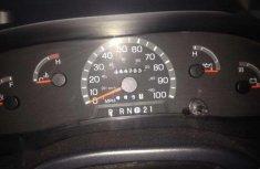 Reg 2000 Ford E150 van for N1.350k