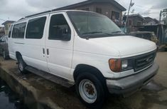 Ford E350 2005 in good condition for sale