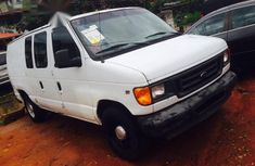 Ford E-150 2004 in good condition for sale