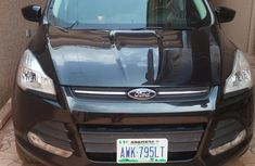 Very Clean Ford Escape 2013 Black