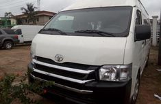 Well Kept 2015 Toyota HiAce for sale